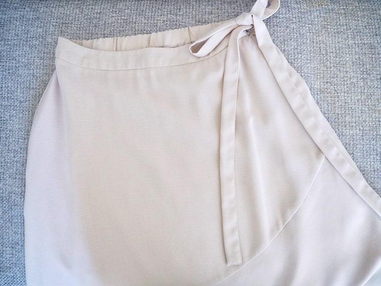エアークローゼットのラップ風スカート